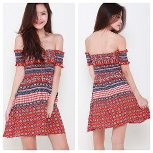 🛍 1 left!! Lauren Smocked Red Dress